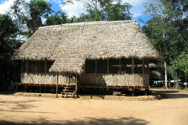 lodges in manu national park